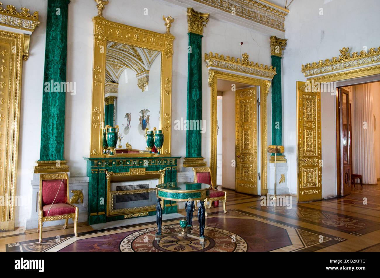 Malaquite Hall en el Museo Estatal del Hermitage, San Petersburgo, Rusia Foto de stock