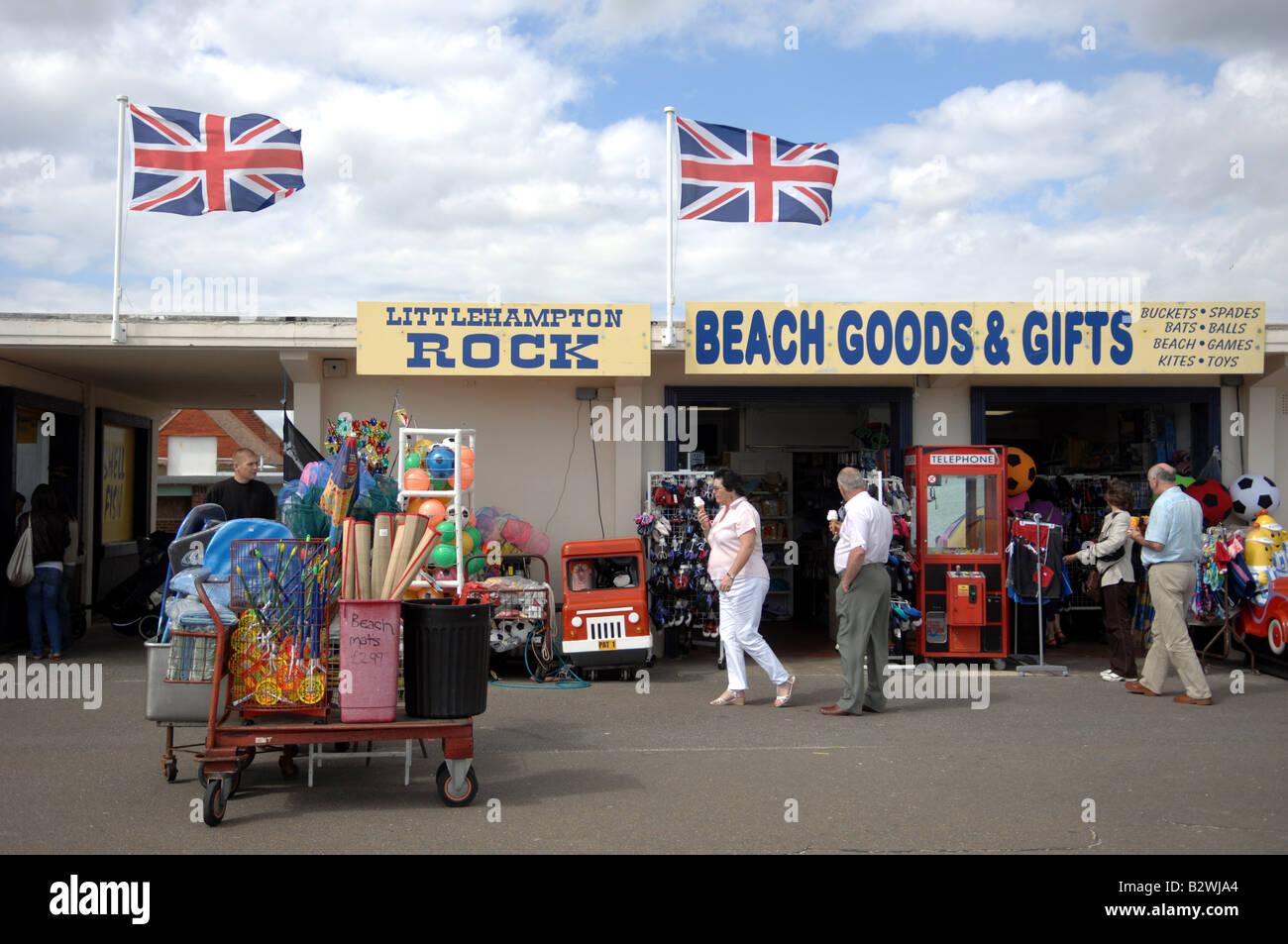 Seaside Souvenir Imágenes De Stock   Seaside Souvenir Fotos De Stock ... aefb2f01a1a2e