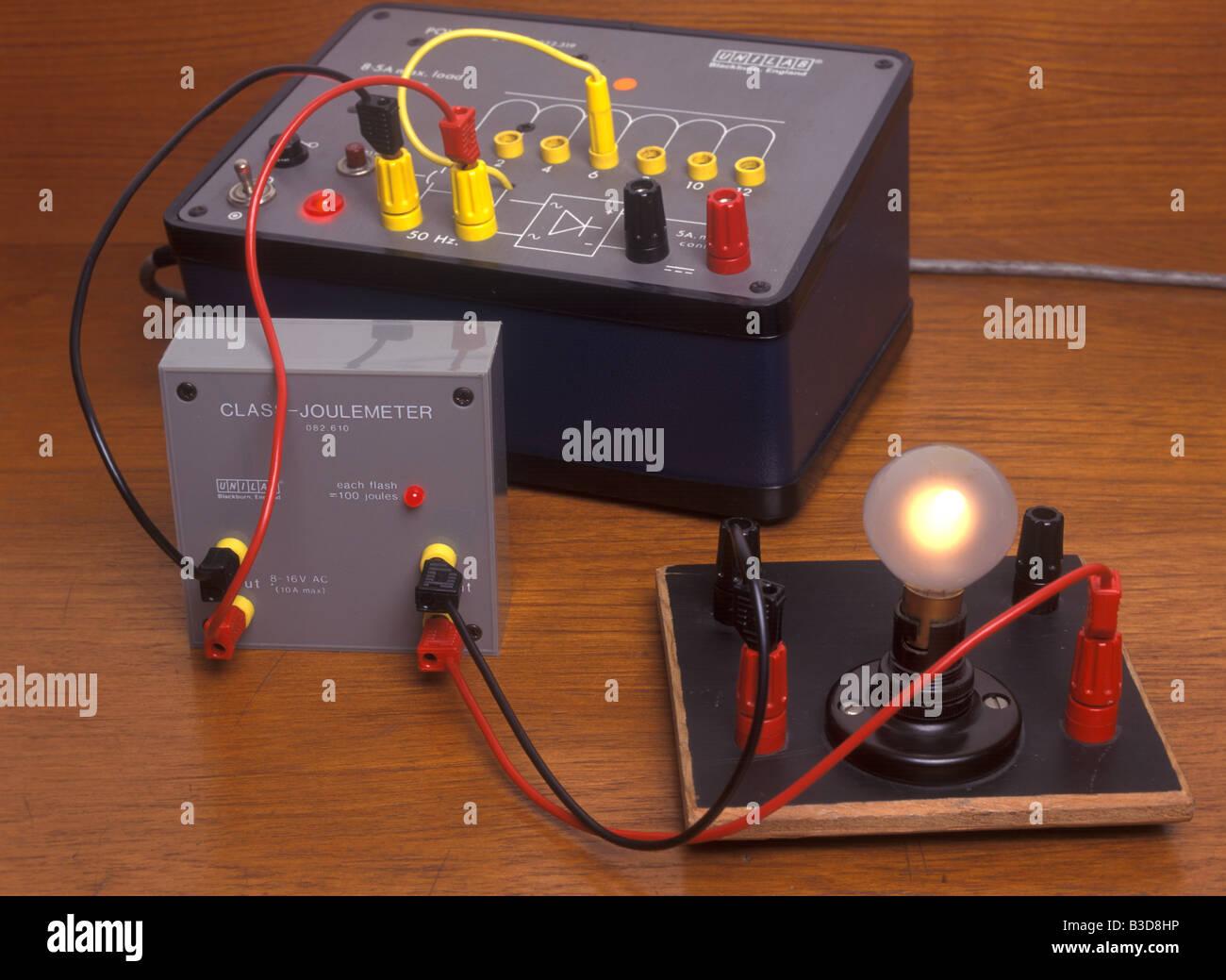 Joulemeter y lámpara Imagen De Stock
