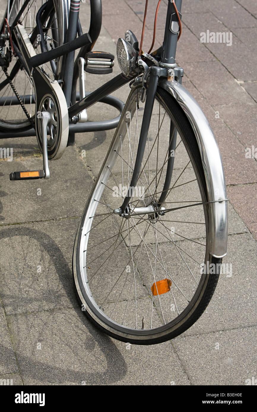 Bicicleta con ruedas dobladas Imagen De Stock