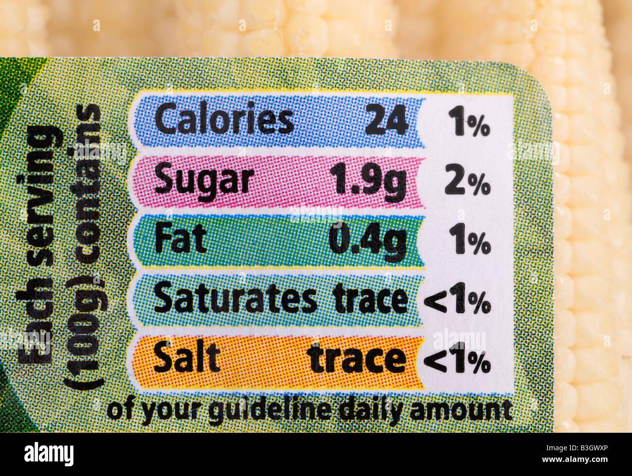 Panel de información nutricional en un paquete de jilote Imagen De Stock