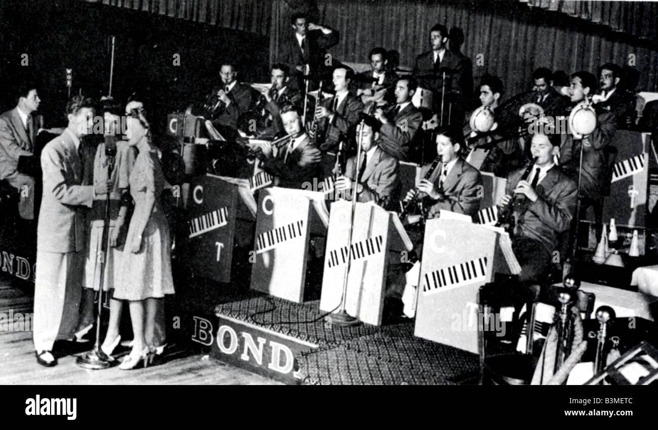 CLAUDE THORNHILL BAND US 30S-40s dance band Imagen De Stock