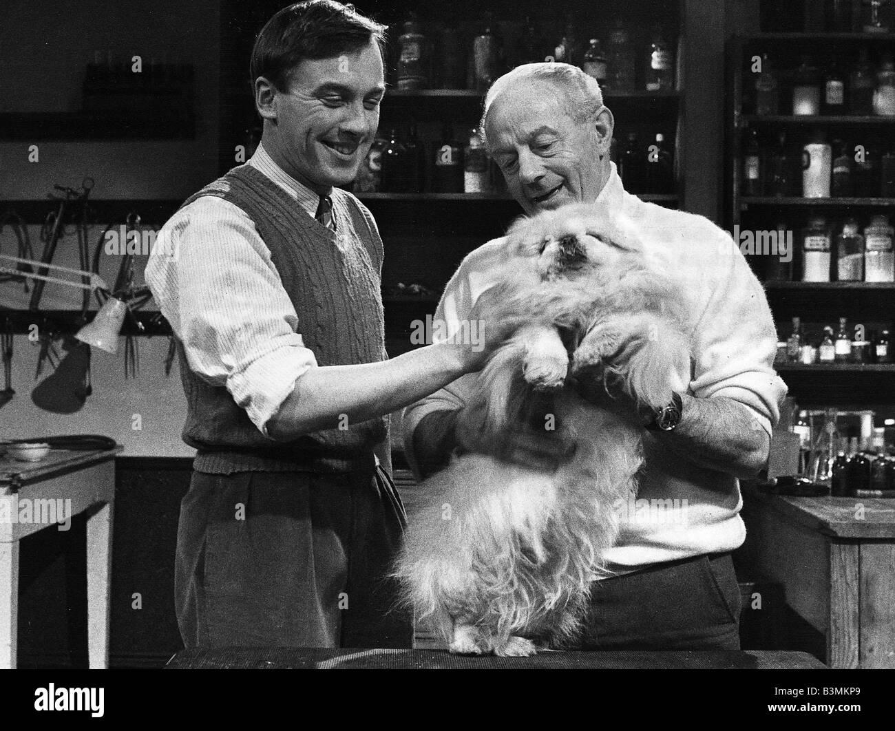 Todas las criaturas, grandes y pequeños, programa de TV 1980 Imagen De Stock