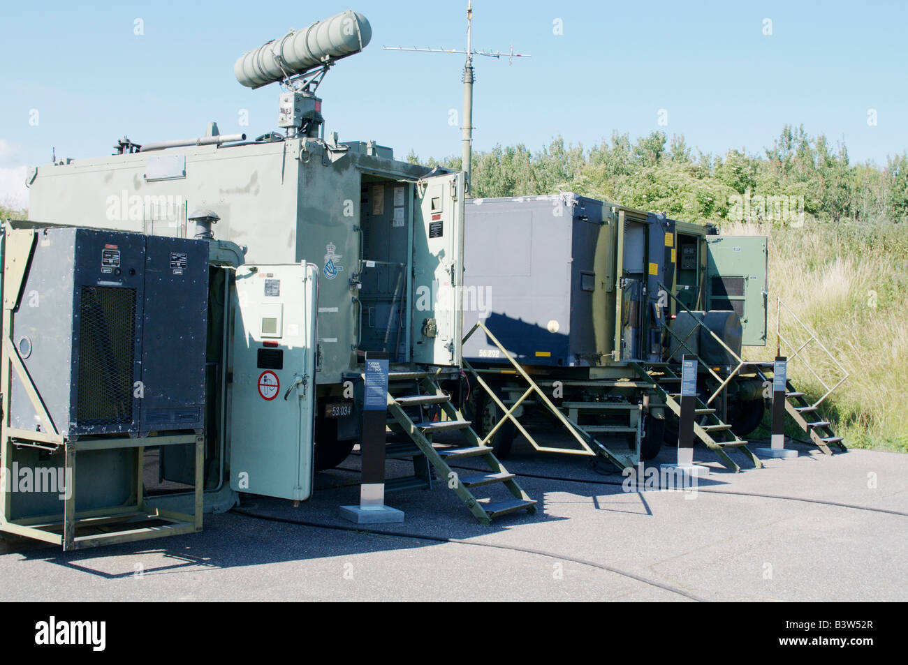 Centro de control de HAWK Hawk es un americano de rango medio de misiles de superficie a aire visto en el Museo Imagen De Stock