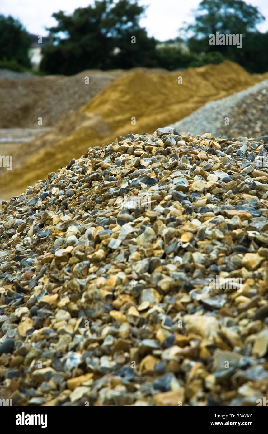 Almacena una cantera de arena y rocas, hormigón agregado Foto de stock