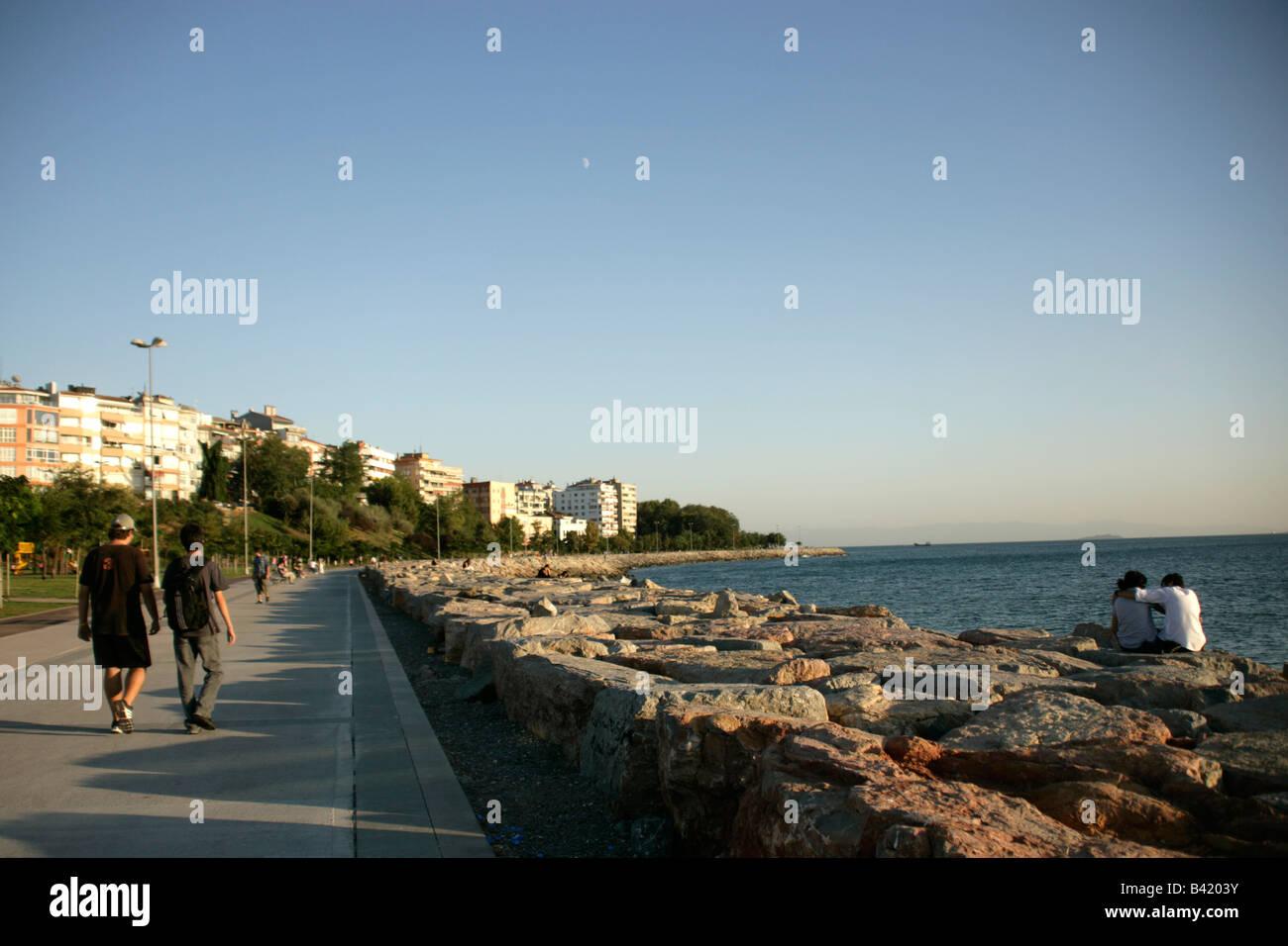 El Waterfront en Moda, Kadikoy, Estambul, Turquía Imagen De Stock
