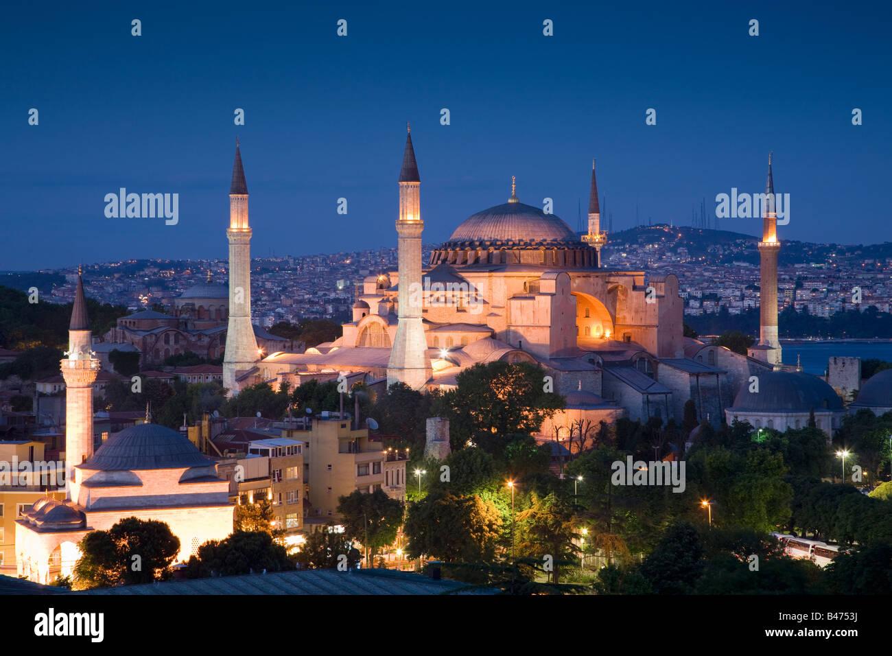 Turquia Estambul elevada vista de la mezquita de Hagia Sofía. Imagen De Stock