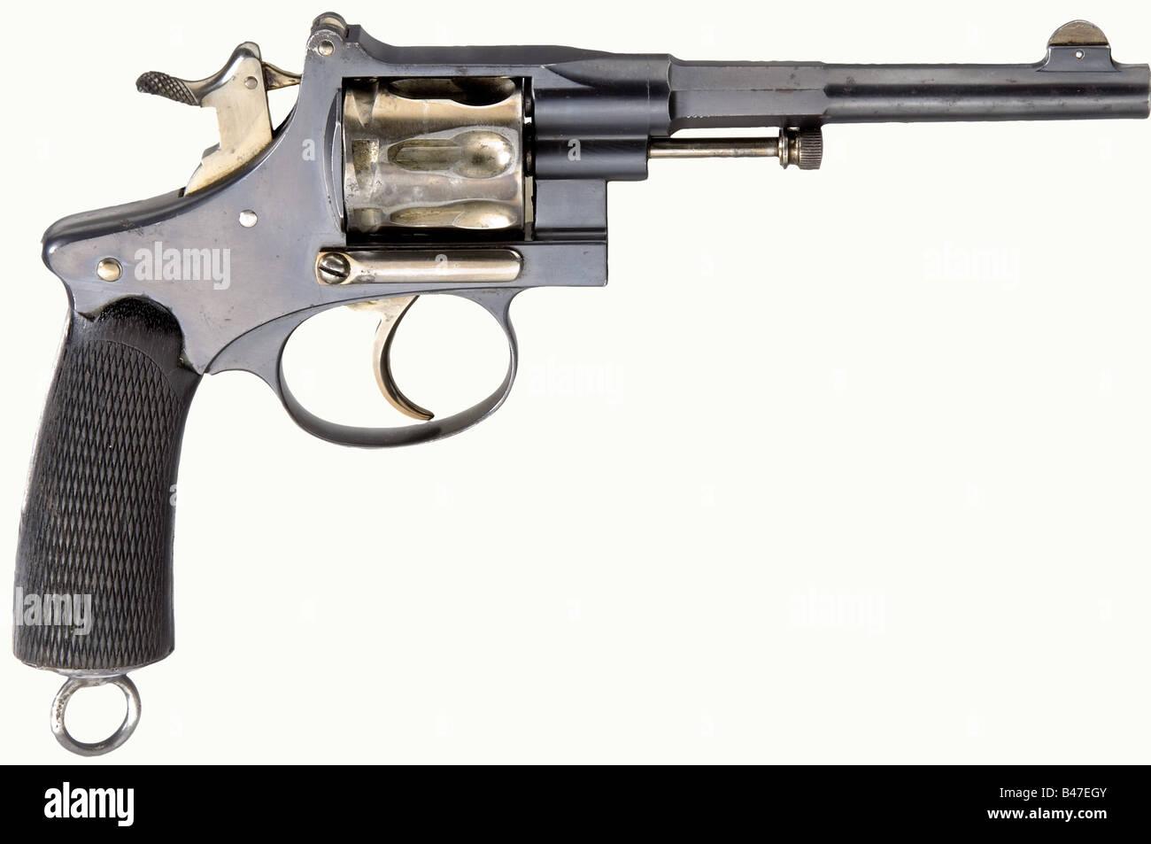 Two Revolver Imágenes De Stock & Two Revolver Fotos De Stock - Alamy