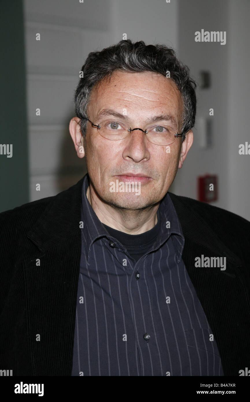Lewinsky, Charles, * 14.4.1946, Swiss guionista y autor, retrato, 2005, Additional-Rights-juegos-NA Imagen De Stock