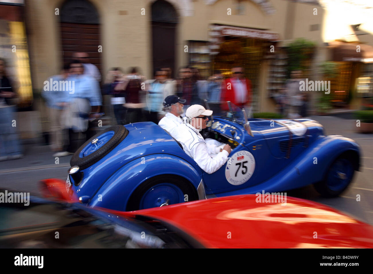 Coche, eventos, Vintage aprox. rally, Mille Miglia 2003, paisaje Imagen De Stock