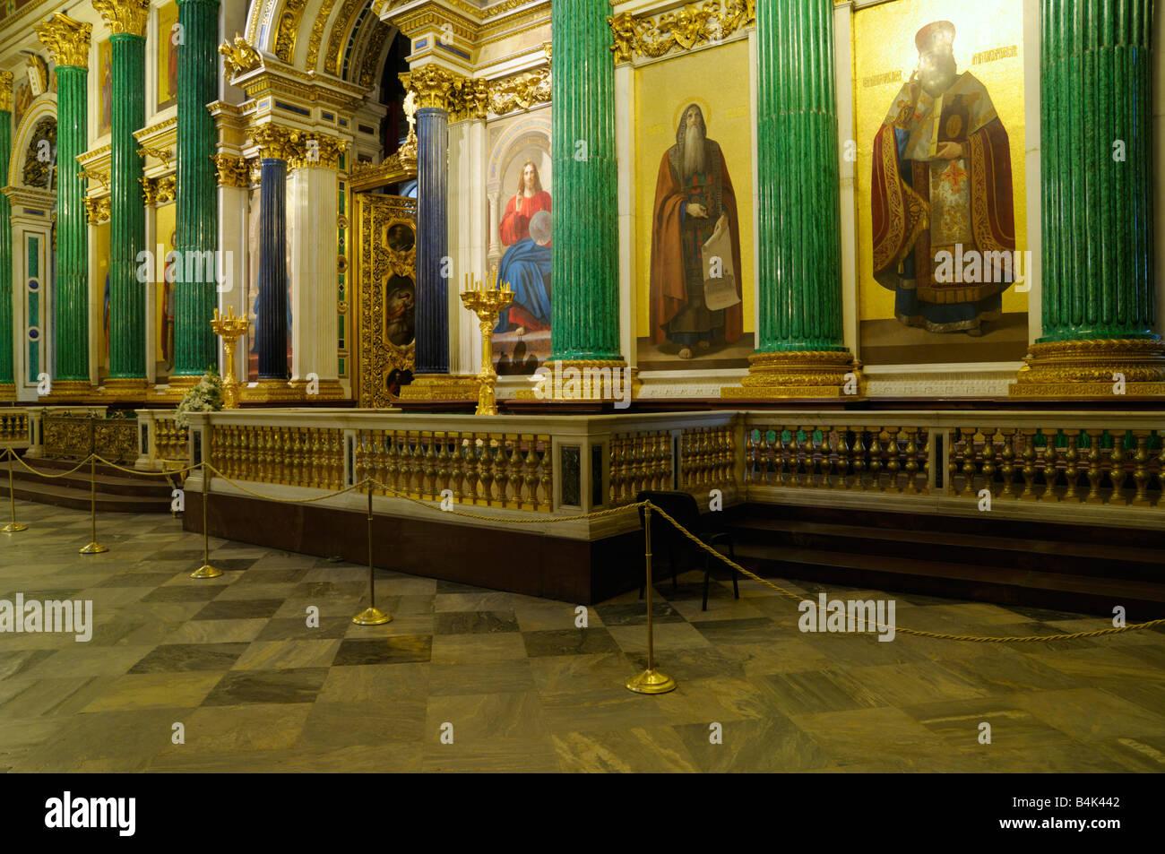Interior de la Catedral de San Isaac, San Petersburgo, Rusia Foto de stock