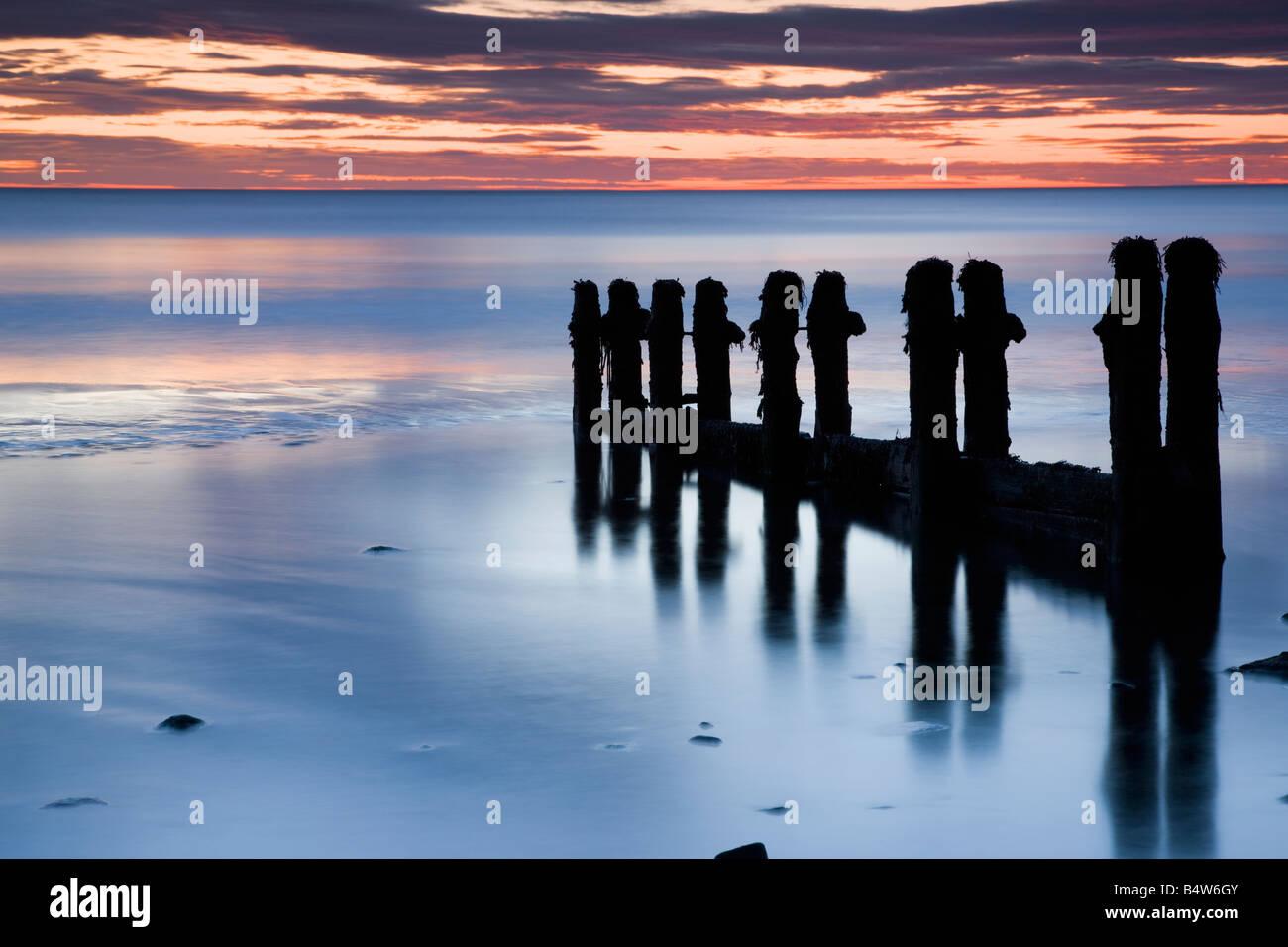 North Yorkshire REINO UNIDO Seascape larga exposición Foto de stock