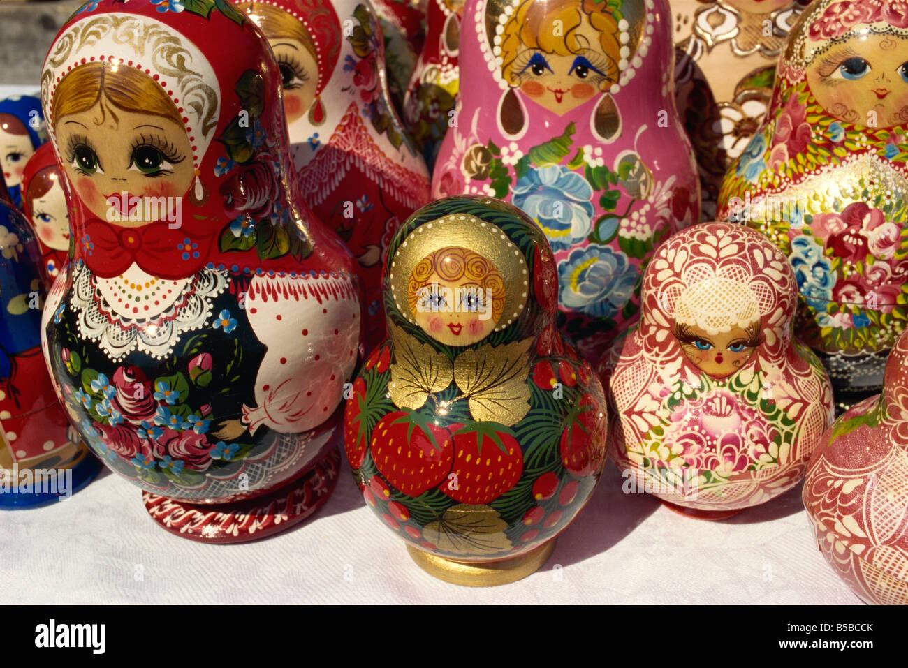 Muñecas de anidación Yuzhno Lejano Oriente ruso Sakhalin Rusia Europa Imagen De Stock
