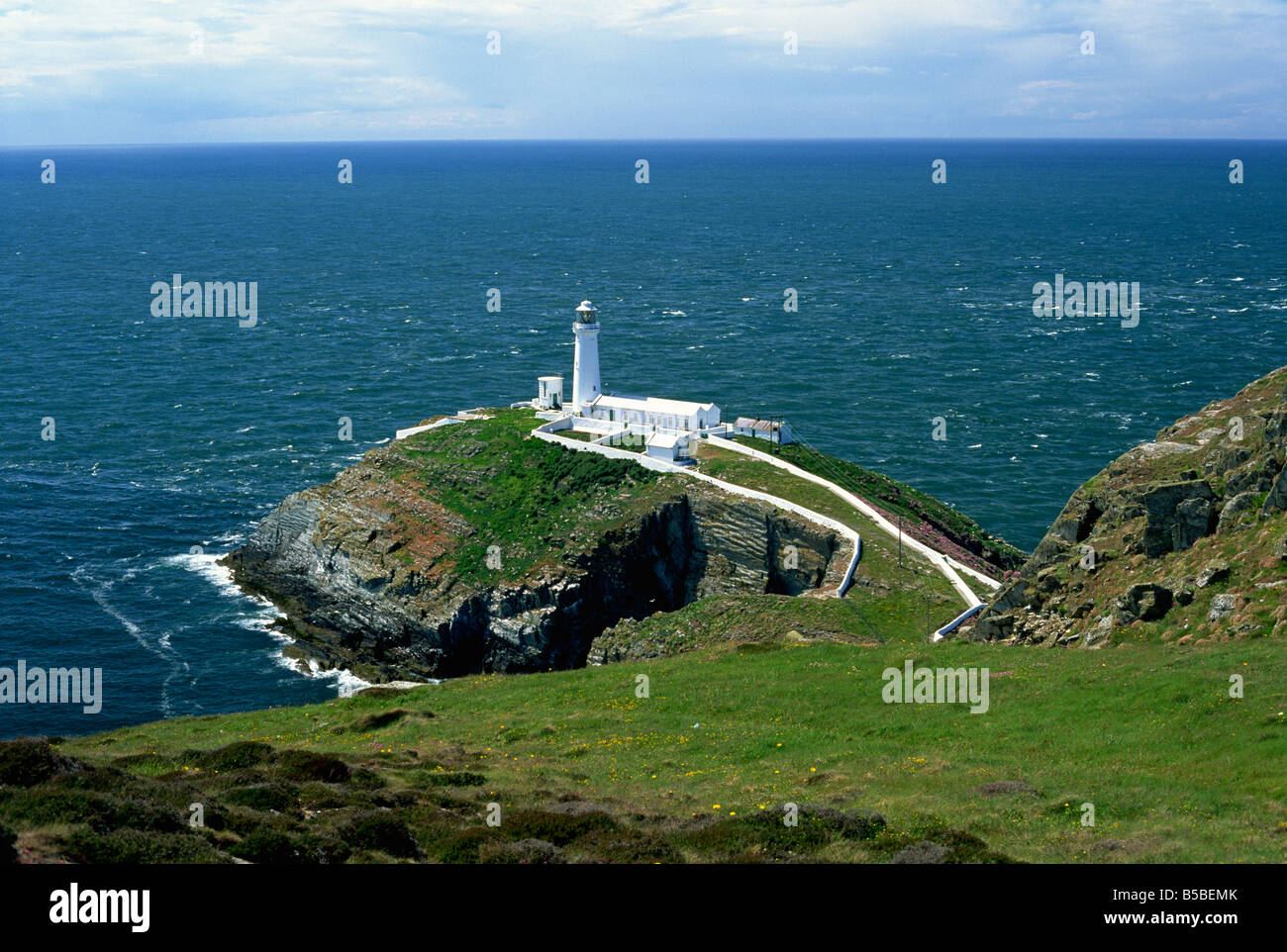 South Stack Lighthouse, Anglesey, Gales , Europa Foto de stock