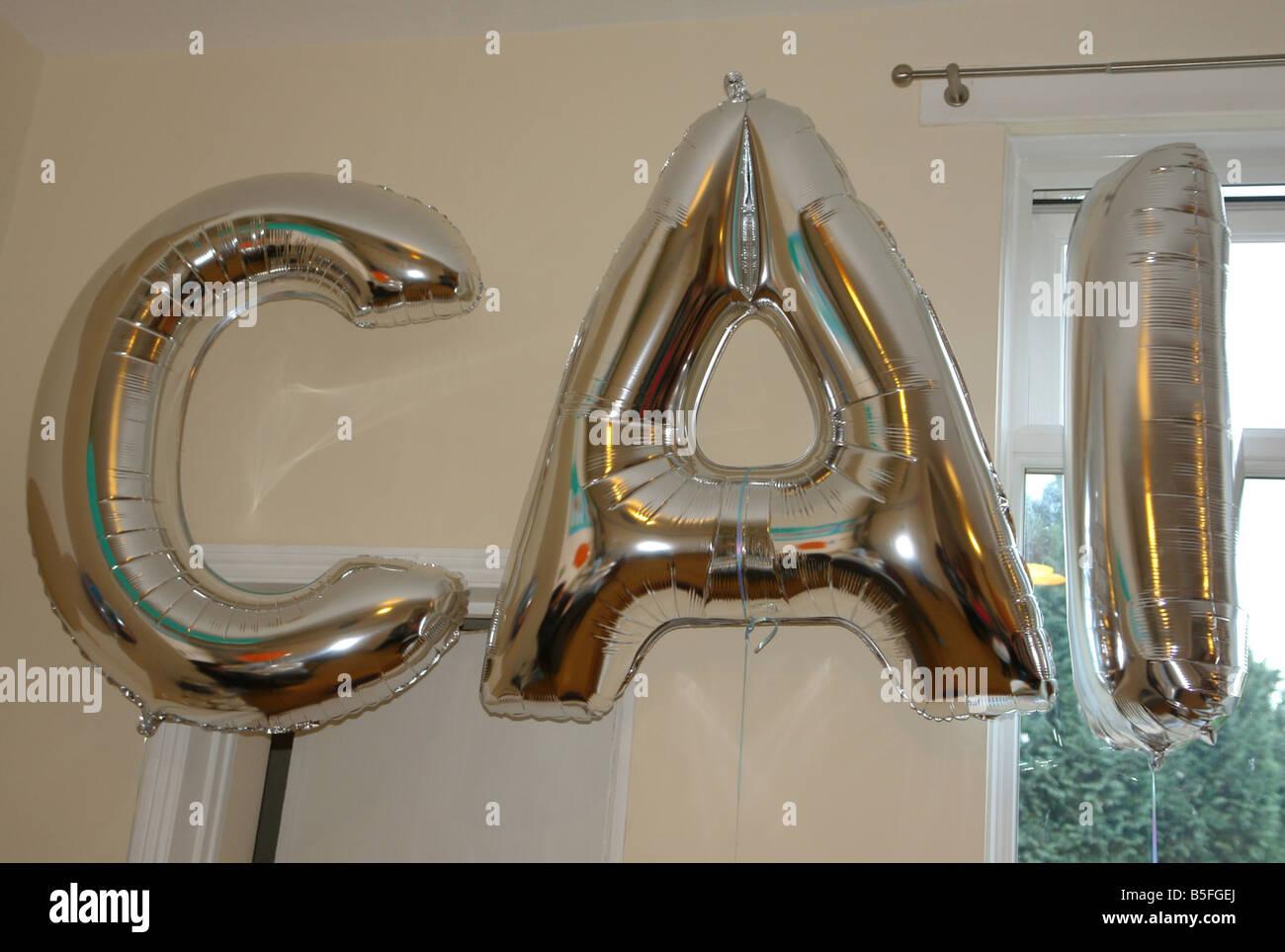 Celebraciones de cumpleaños Newport Sur de Gales GB UK 2008 Foto de stock