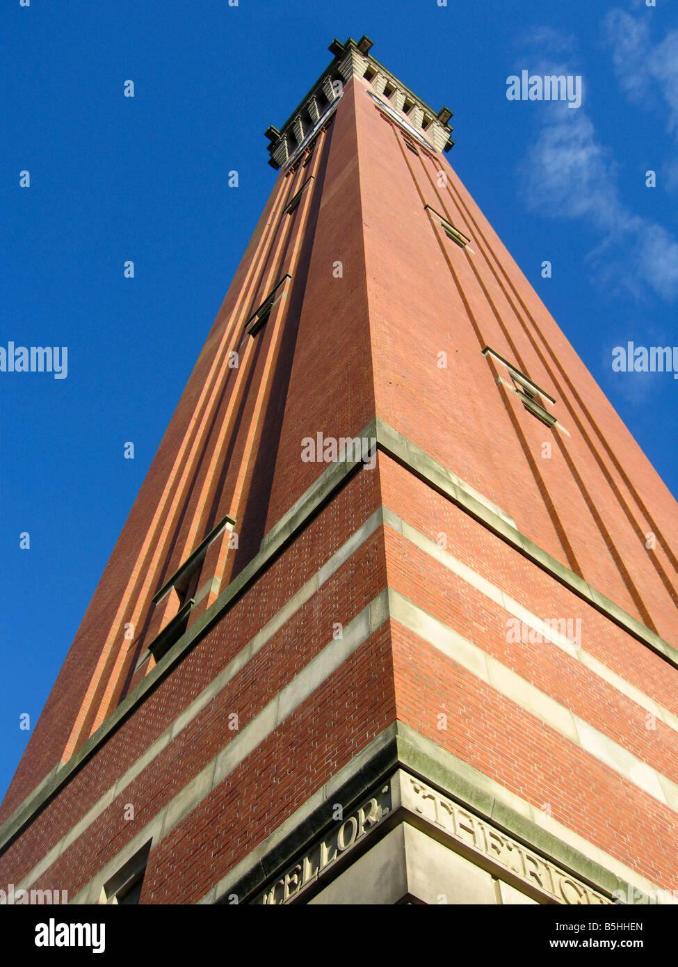 Joseph Chamberlain Memorial Old Joe Torre del Reloj de la Universidad de Birmingham, Reino Unido Foto de stock