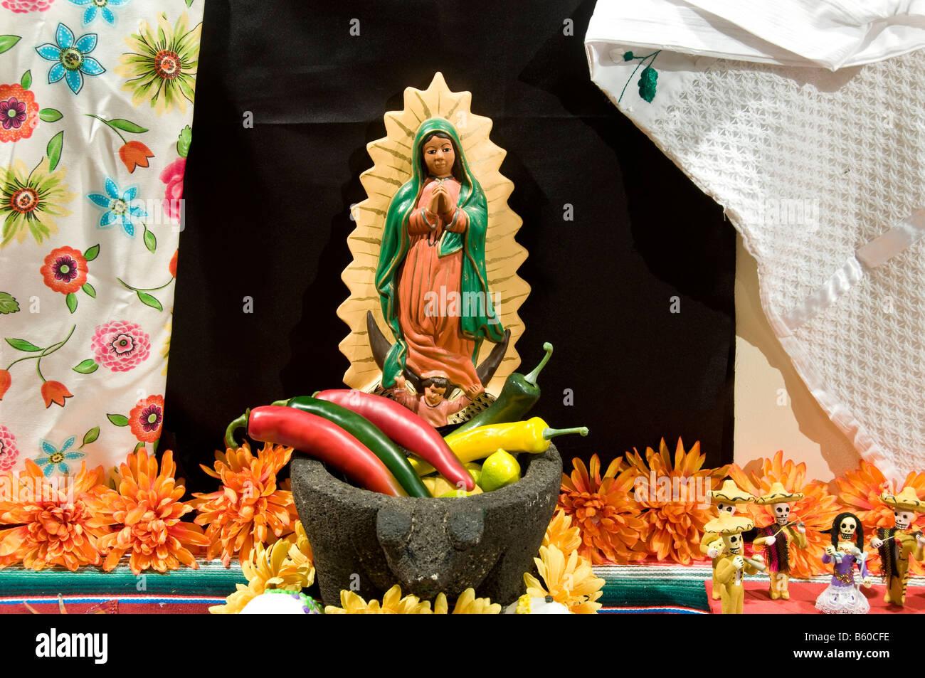 El día de los Muertos Dia de los Muertos (pantalla), el Instituto de Culturas Tejanas, San Antonio, Texas. Imagen De Stock