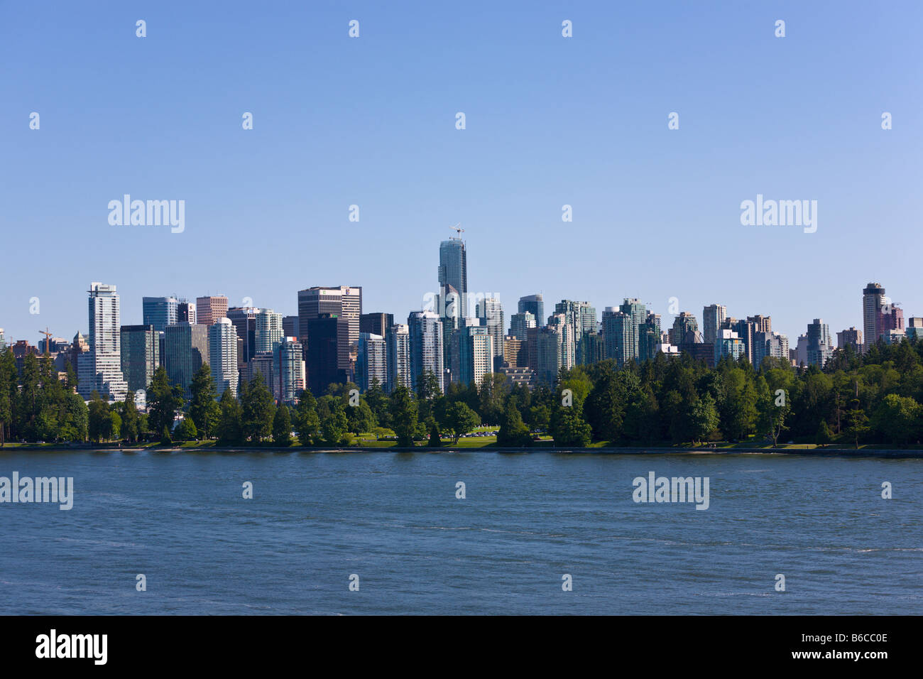 Stanley Park y Vancouver skyline 'British Columbia Canadá Imagen De Stock