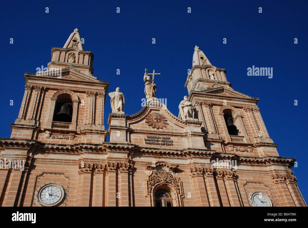 Eglise st nicolas im genes de stock eglise st nicolas fotos de stock alamy - Hopital saint nicolas de port ...