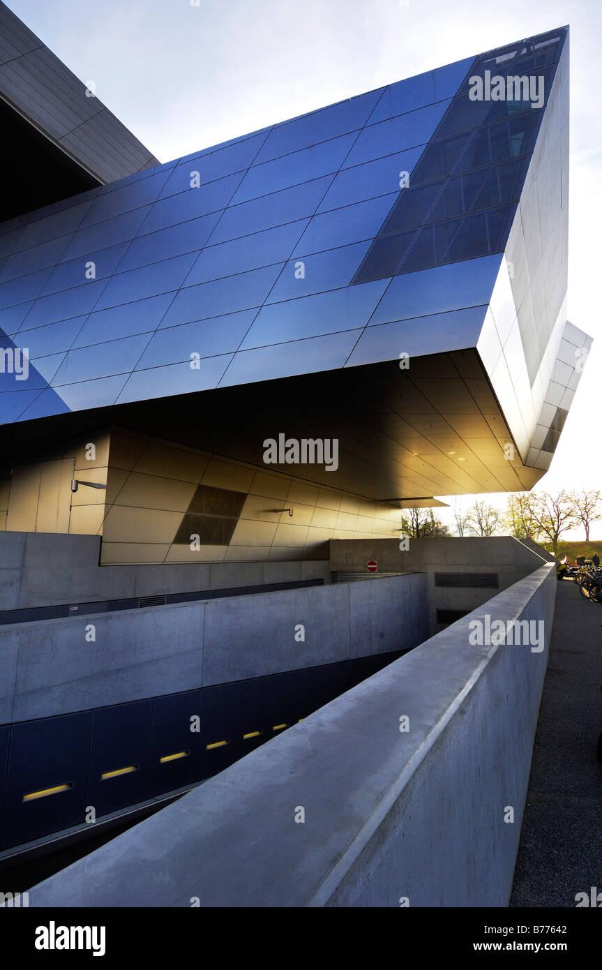 Mundo de BMW, BMW-Welt, distribución y centros de descubrimiento, Munich, Baviera, Alemania, Europa Foto de stock