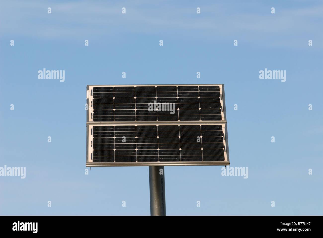 Panel Solar, Levekusen, Renania del Norte-Westfalia, Alemania. Imagen De Stock