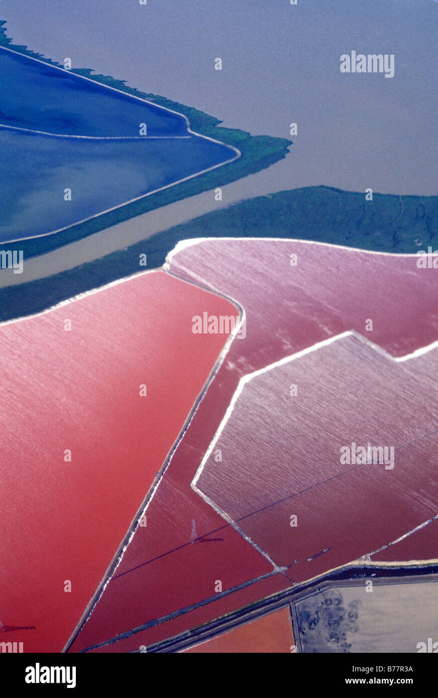 Los estanques de evaporación de sal,Antena,San Francisco Bay California Foto de stock