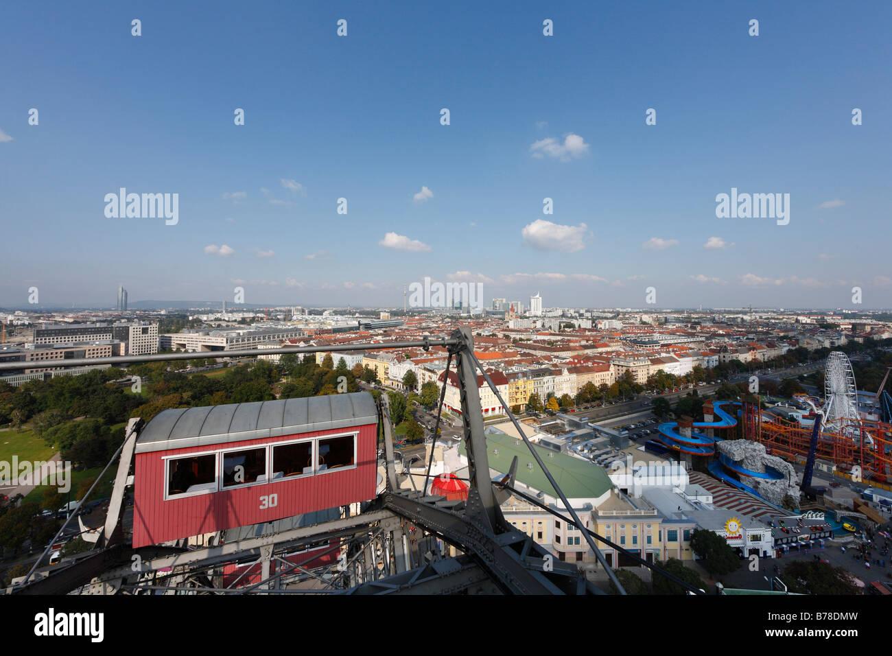 Vista desde la rueda gigante en el Prater de Viena, Austria, Europa Foto de stock