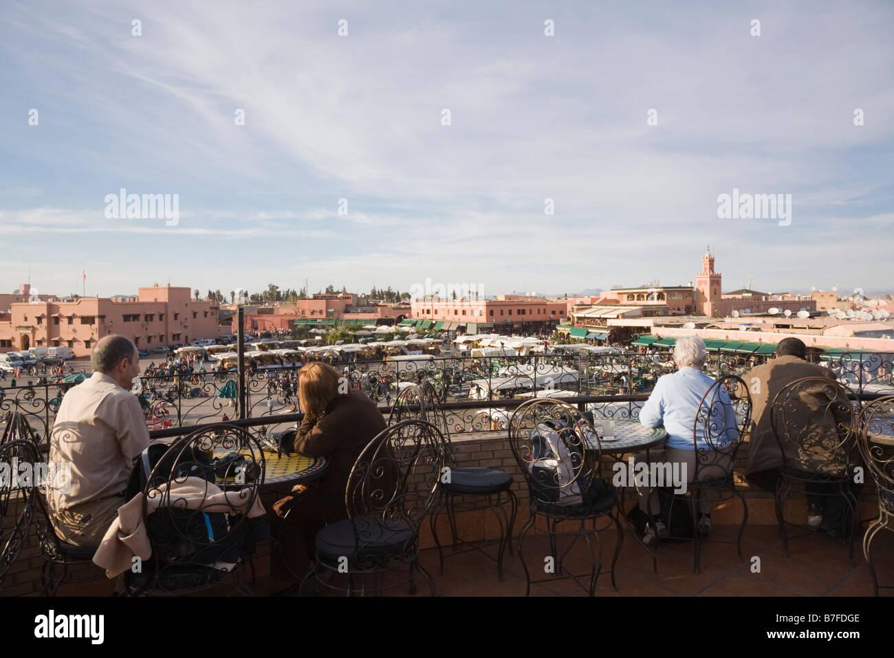 Marrakech Marruecos Norte De áfrica A Los Turistas En Un