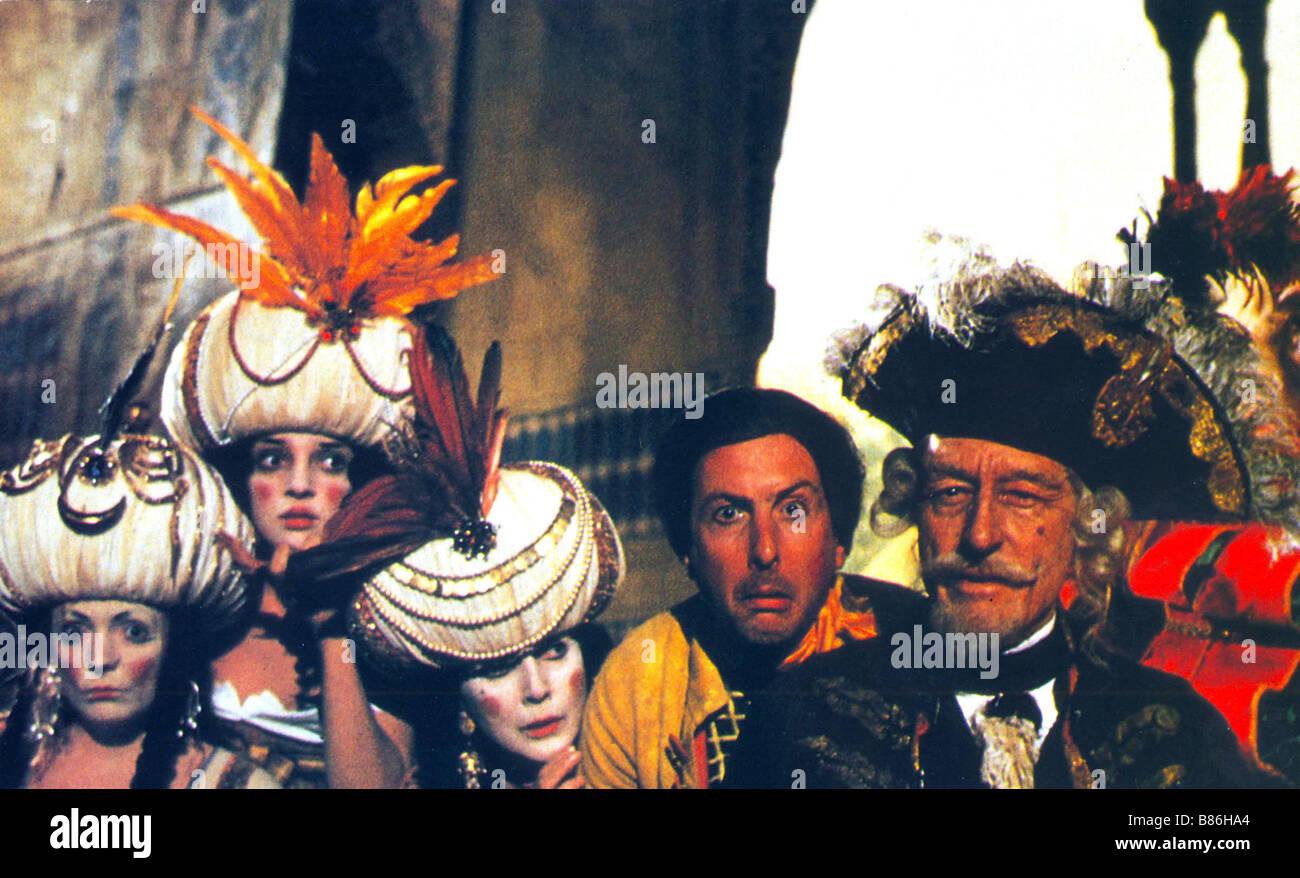 Las aventuras del barón Munchausen Año : 1988 UK / Italia Director: Terry Gilliam John Neville, Eric Idle, Uma Thurman Foto de stock