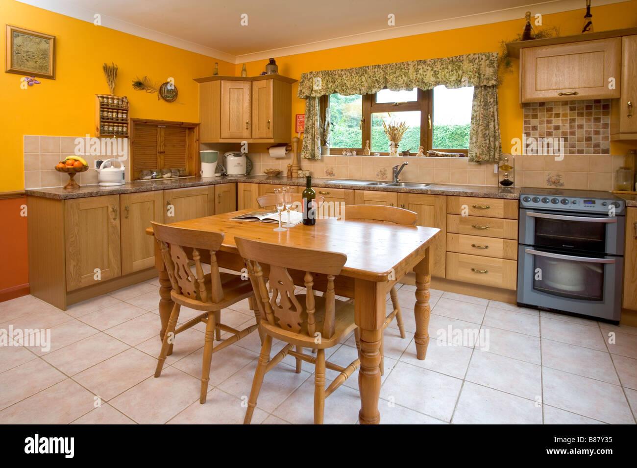 Moderno Cocina Comedor Muebles Reino Unido Friso - Como Decorar la ...