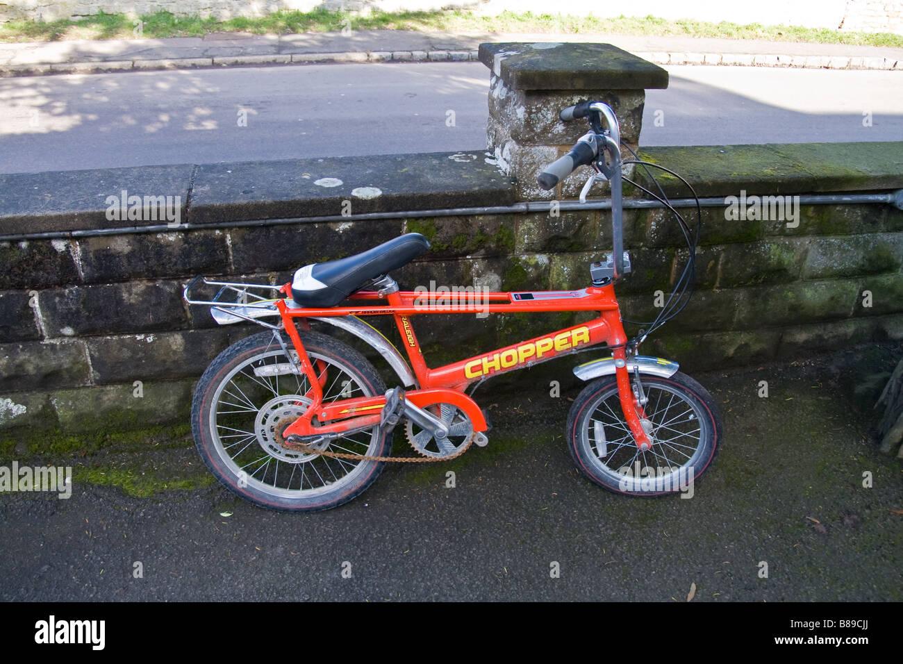 Una reproducción de una moto clásica, hecha por uno de los mayores productores de bicicletas en inglés Imagen De Stock