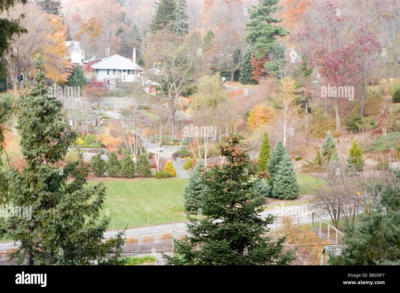 Jardín Botánico de plantaciones de Cornell en Ithaca, Nueva York, EE.UU. durante el otoño Imagen De Stock