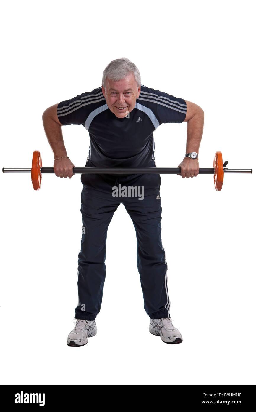 Circuitos de entrenamiento en 60 años - Elevación del hombro Imagen De Stock