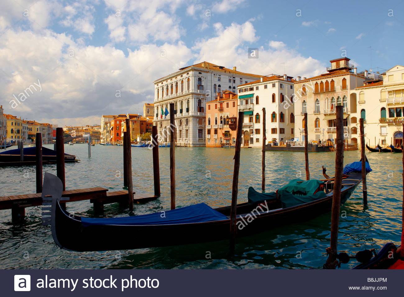 Gran Canal de Venecia y gondola Imagen De Stock