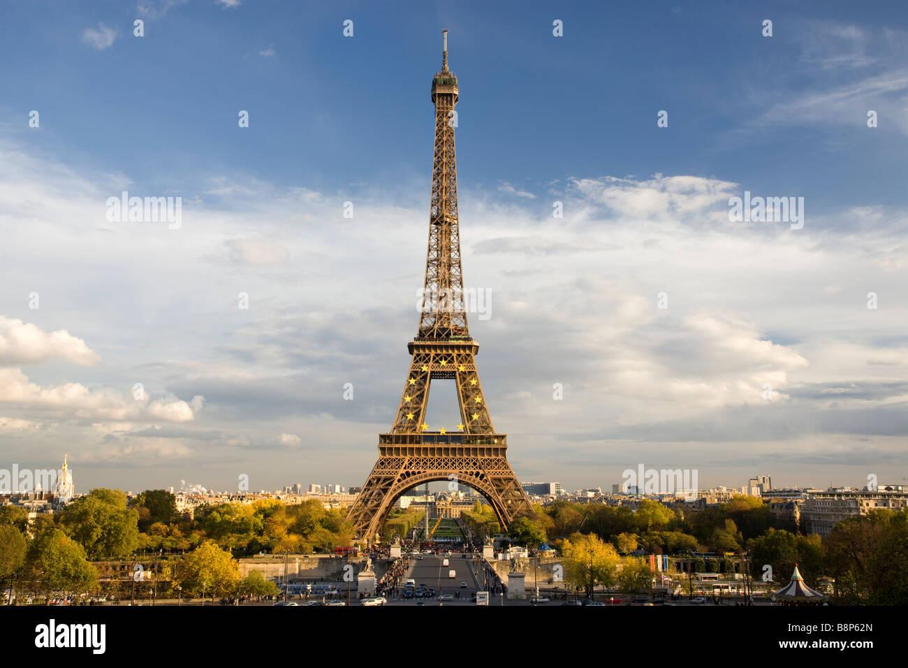 Torre Eiffel vista desde Trocadero París Francia Imagen De Stock