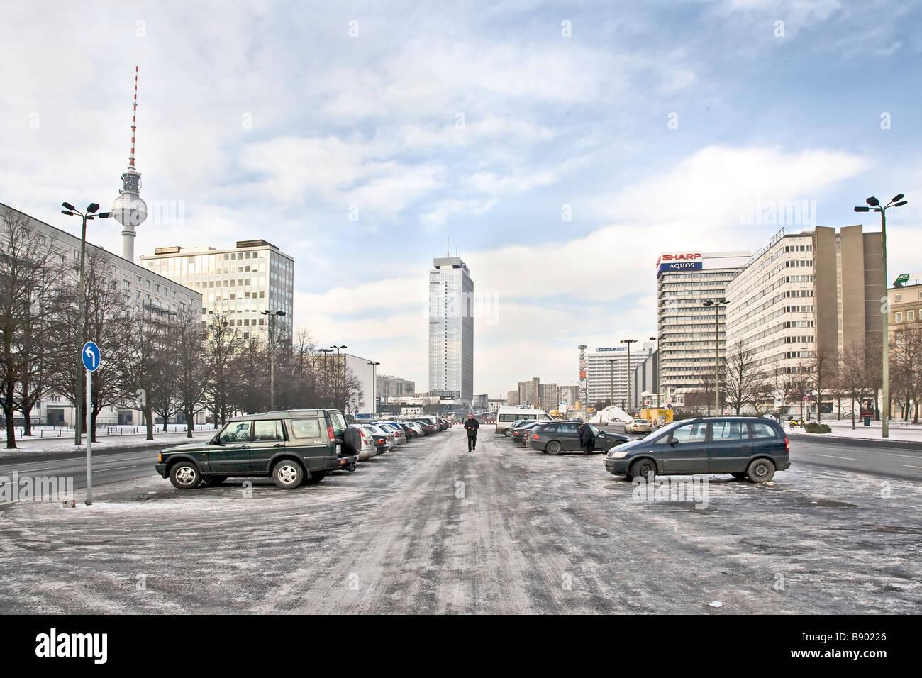 Skyline de Berlín Oriental, Karl Marx str Imagen De Stock