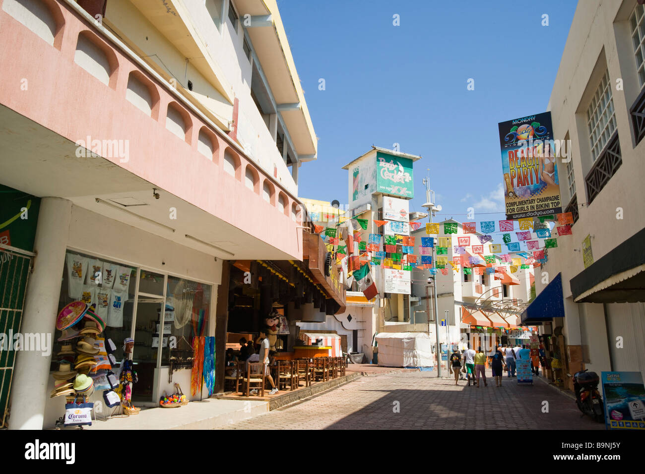 México - Yucatán Cancun zona hotelara o zona hotelera centro principal cerca del forum shopping mall, Imagen De Stock