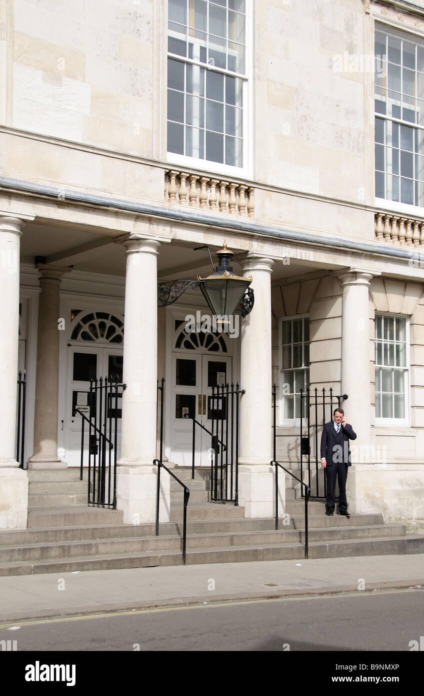 Edificio de los tribunales de la corona y combinado en Lewes edificio del tribunal del condado de East Sussex, Inglaterra Foto de stock