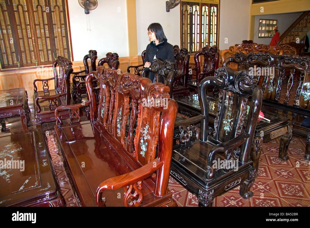Fábrica de muebles vietnamitas en Vietnam Ha Dong Imagen De Stock