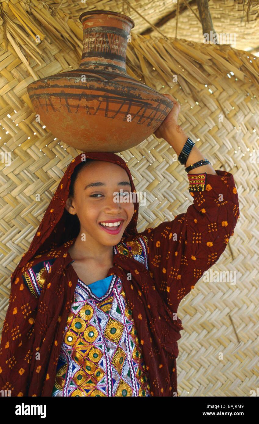 Pakistán, retrato de una niña Shiddi, los negros africanos de Pakistán con origine Imagen De Stock