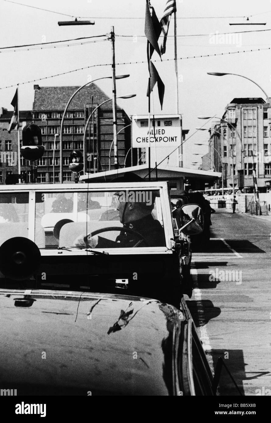 Geografía / viajes, Alemania, Berlín, Muro, Checkpoint Charlie, paso fronterizo de los Aliados, Friedrichstrasse, Imagen De Stock