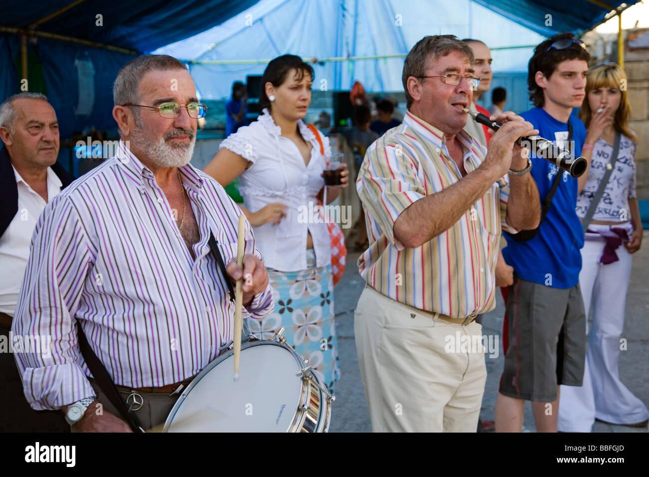 Fiestas de San Roque en Villasante de Montija Burgos Castilla y León España Foto de stock