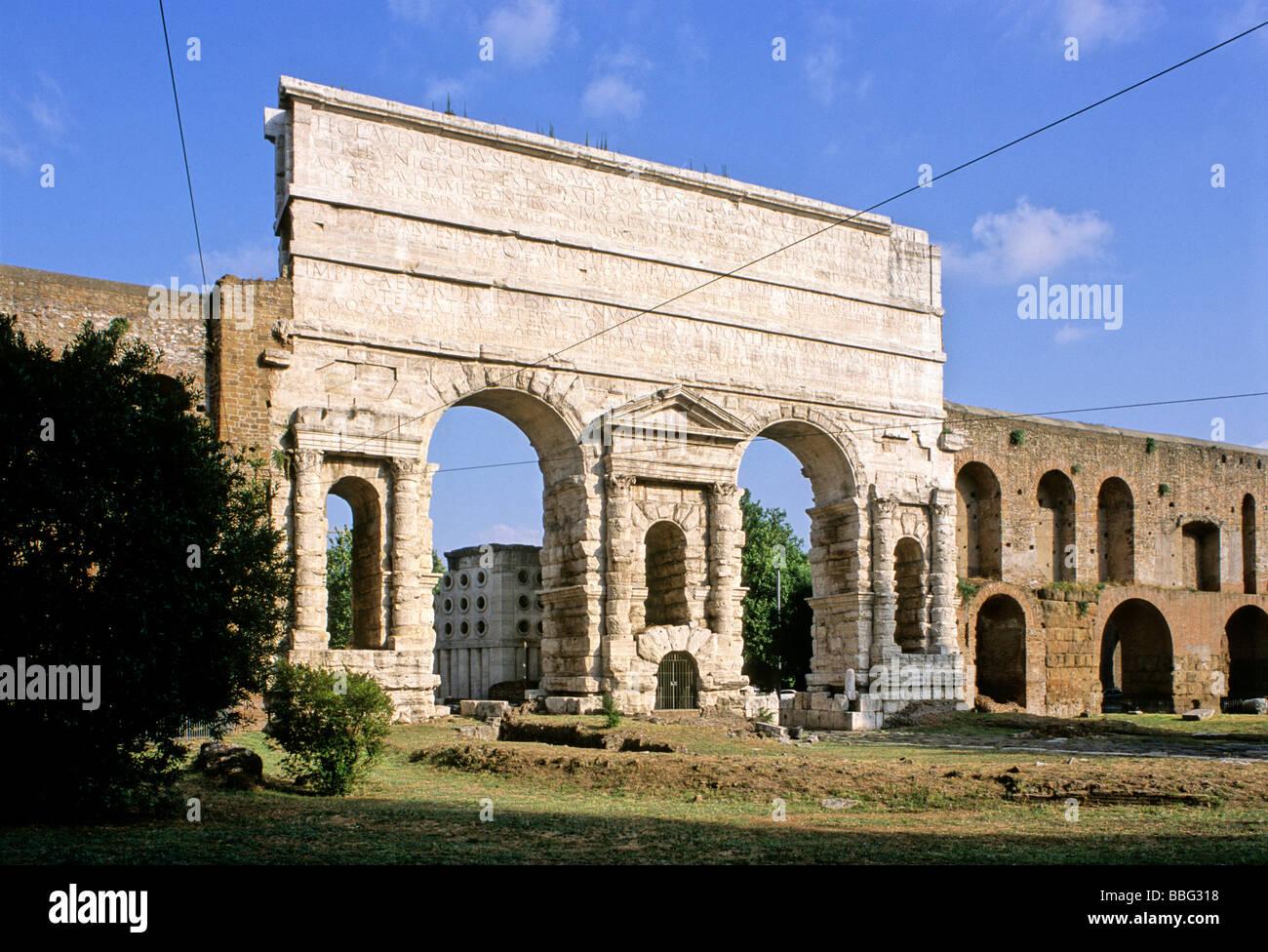 Porta maggiore muro aureliano roma lazio italia for Porta maggiore