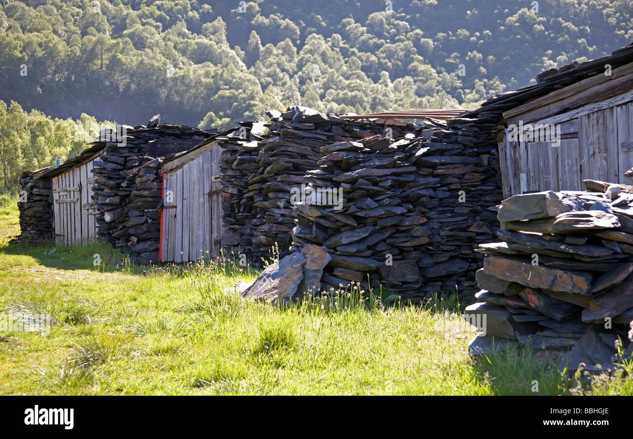 Los garajes de Loch Leven, Escocia Imagen De Stock