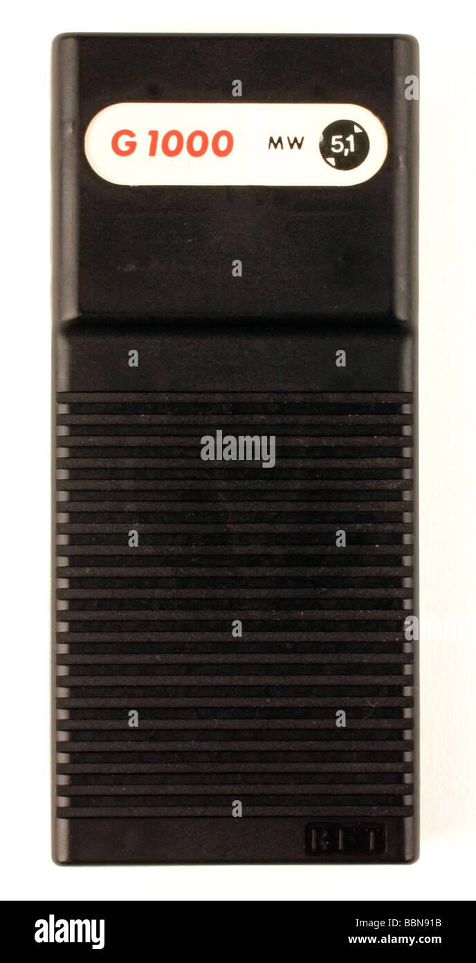 Emisión, radio, aparatos de radio, radio DE BOLSILLO G 1000, formuladas por el VEB Nachrichtenelektronik Greifswald, Imagen De Stock