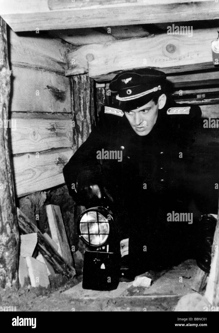 Geografía / viajes, Alemania, Berlín, Muro, funcionario de la Reichsbahn en el túnel en el que al Imagen De Stock