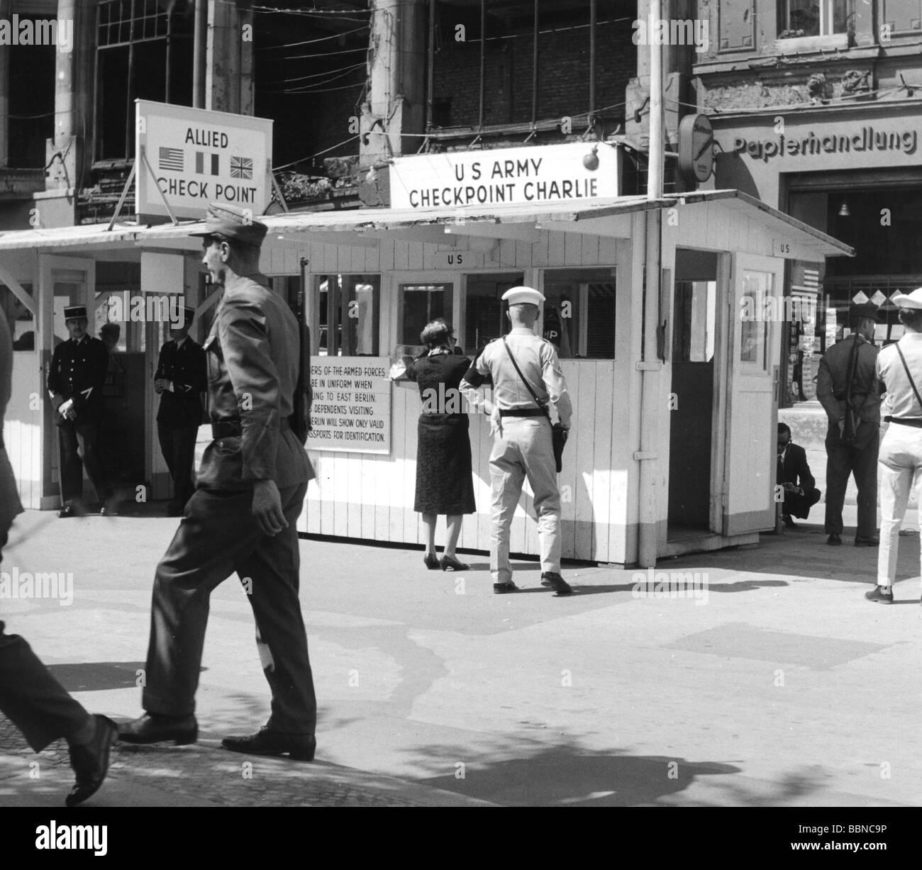 Geografía / viajes, Alemania, Berlín, Muro, Checkpoint Charlie, paso fronterizo para personal aliado, Imagen De Stock