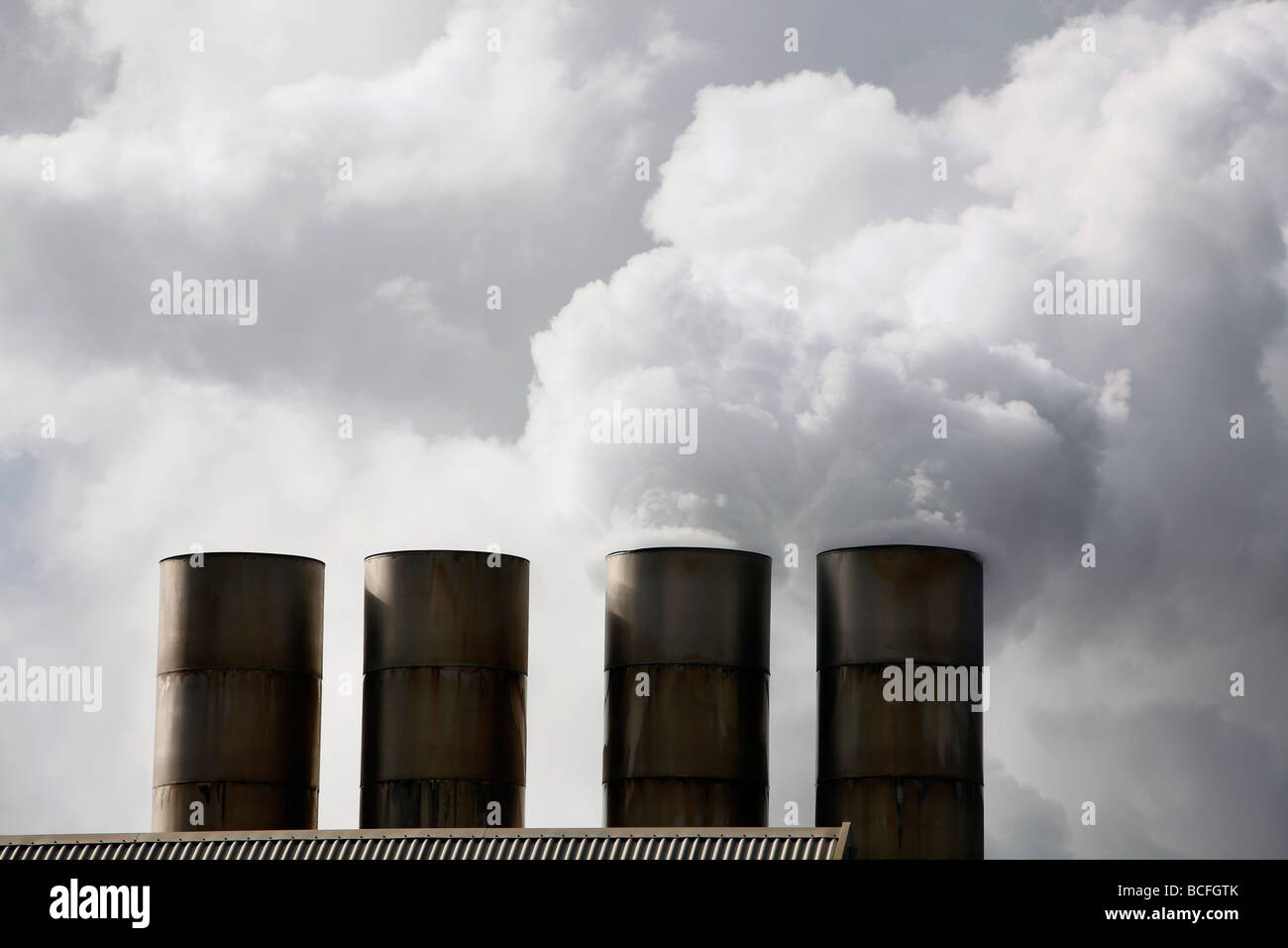 La planta de energía geotérmica de Islandia Imagen De Stock