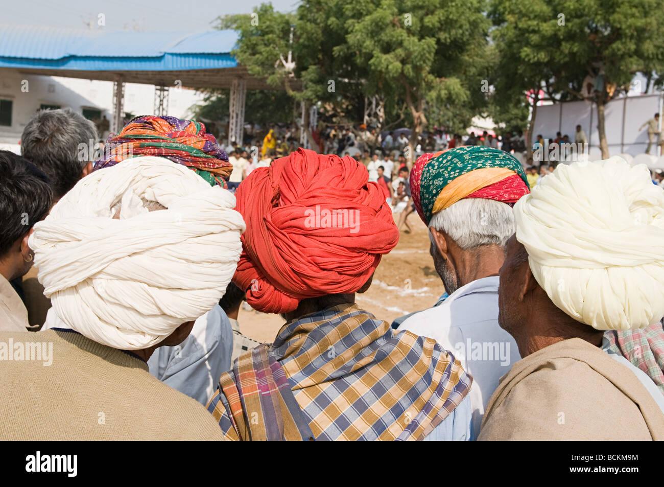 Personas en el festival del camello de Pushkar Imagen De Stock