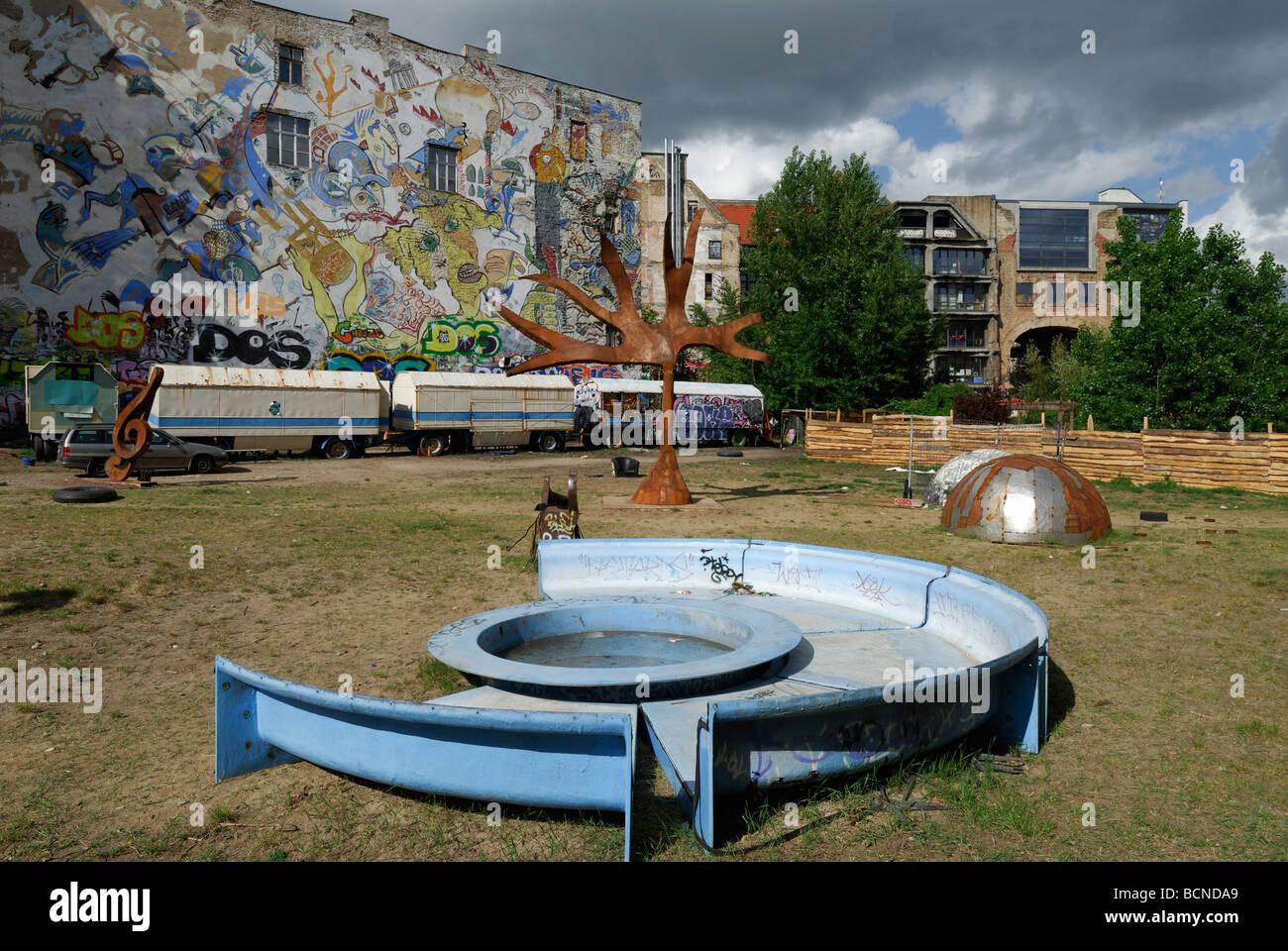 Berlín Alemania Tacheles Kunsthaus en Oranienburger Strasse Imagen De Stock